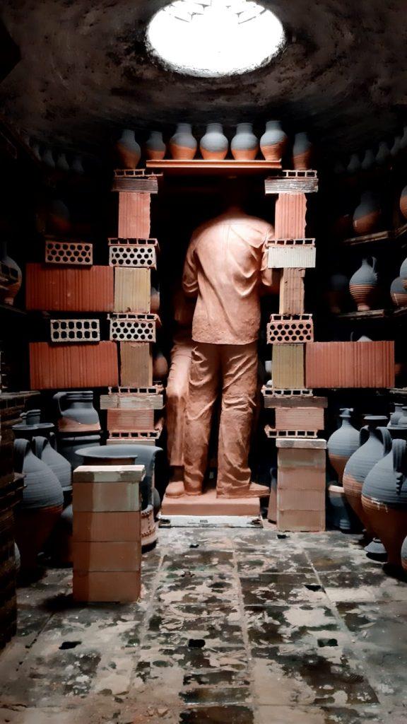 Enhorno escultura Pablo y Paco TITO